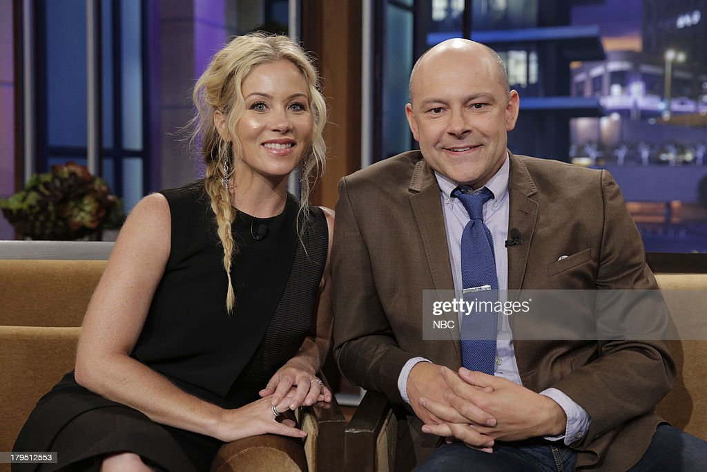 LENO -- Episode 4521 -- (EXCLUSIVE COVERAGE) -- Pictured: (l-r) Actress <a gi-track='captionPersonalityLinkClicked' href=/galleries/search?phrase=Christina+Applegate&family=editorial&specificpeople=171273 ng-click='$event.stopPropagation()'>Christina Applegate</a> and actor <a gi-track='captionPersonalityLinkClicked' href=/galleries/search?phrase=Rob+Corddry&family=editorial&specificpeople=583934 ng-click='$event.stopPropagation()'>Rob Corddry</a> during a commercial break on September 4, 2013 --