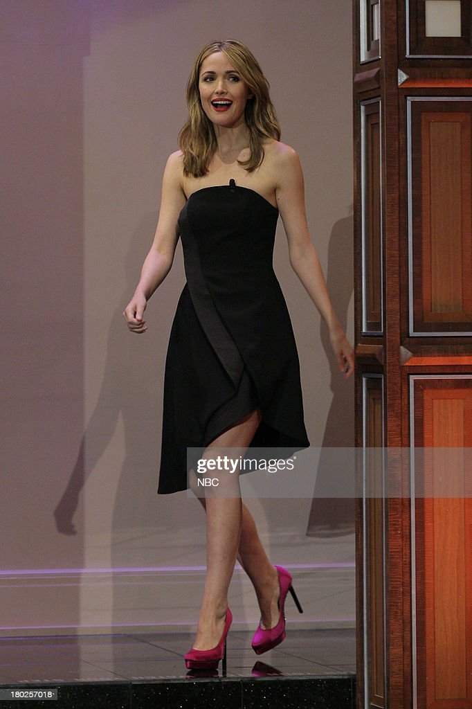 Actress <a gi-track='captionPersonalityLinkClicked' href=/galleries/search?phrase=Rose+Byrne&family=editorial&specificpeople=206670 ng-click='$event.stopPropagation()'>Rose Byrne</a> arrives September 10, 2013 --