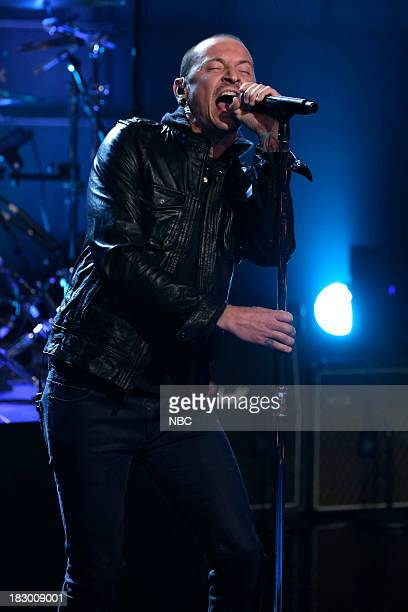 Chester Bennington performs with musical guest Stone Temple Pilots on October 3 2013