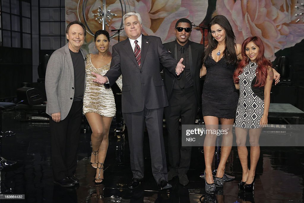 LENO -- Episode 4545 -- (EXCLUSIVE COVERAGE) -- Pictured: (l-r) Comedian Billy Crystal, Toni Braxton, host Jay Leno, Babyface, Jennifer 'JWoww' Farley and Nicole 'Snooki' Polizzi on October 8, 2013 --