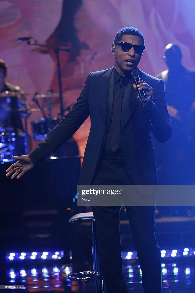 Musical guest Babyface performs on October 8, 2013 --