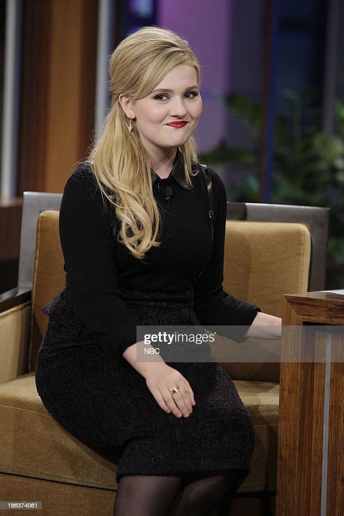 Actress <a gi-track='captionPersonalityLinkClicked' href=/galleries/search?phrase=Abigail+Breslin&family=editorial&specificpeople=226628 ng-click='$event.stopPropagation()'>Abigail Breslin</a> during an interview on October 30, 2013 --