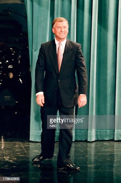 Former US Vice President Dan Quayle arrives on September 7 1994