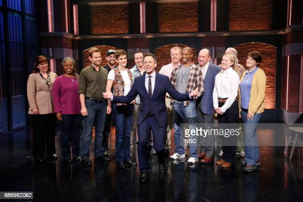 Host Seth Meyers with the cast of Come From Away on May 22 2017
