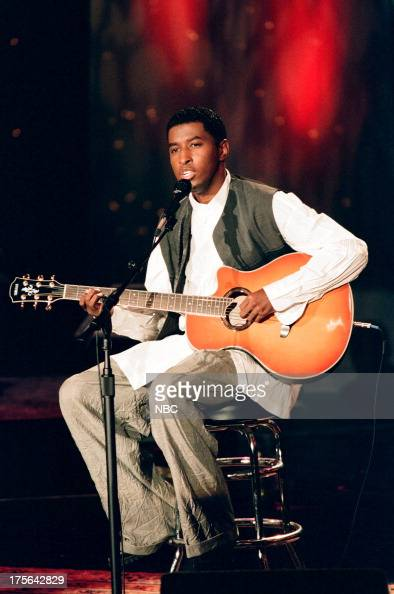 Musical guest Babyface performs on September 12 1994