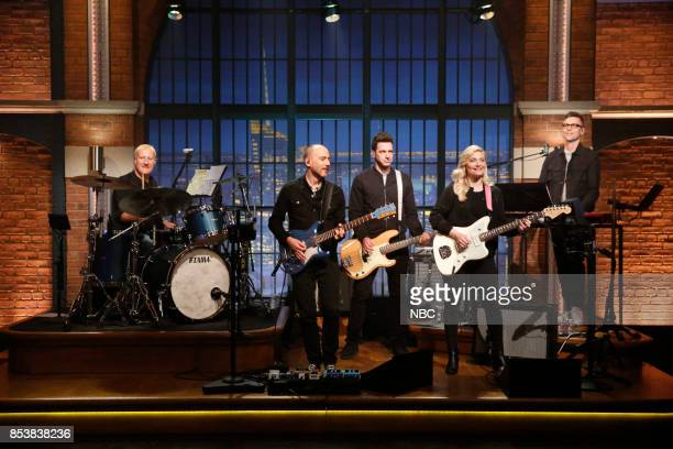Gregg Bissonette sits in with Seth Jabour Syd Butler Marnie Stern Eli Janney of the 8G band on September 25 2017