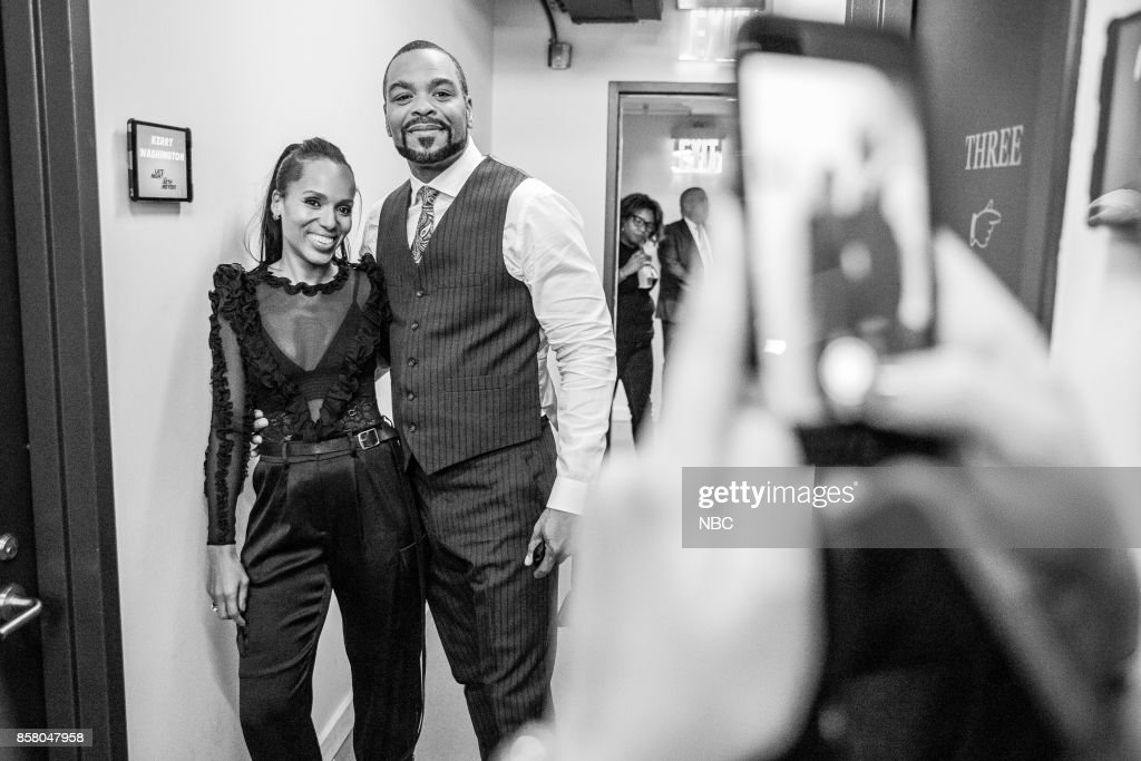 MEYERS -- (EXCLUSIVE COVERAGE) Episode 590 -- Pictured: (l-r) Actress Kerry Washington and Musician Clifford 'Method Man' Smith backstage on October 5, 2017 --