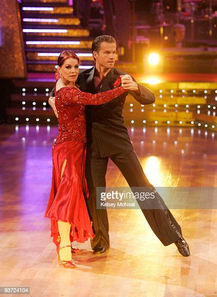 STARS 'Episode 610A' Finale highlights included the return of all nine previously eliminated couples performing a final dance in the twopart season...