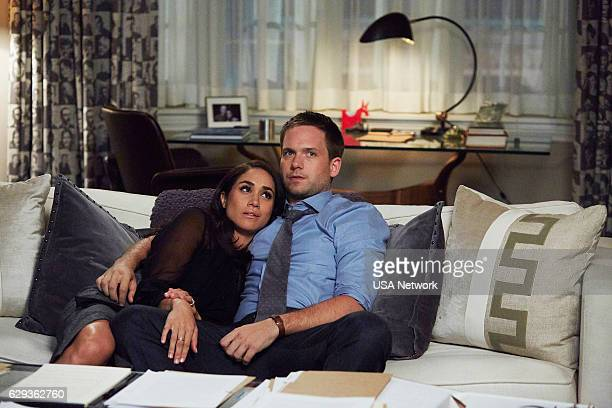 Meghan Markle as Rachel Zane Patrick J Adams as Michael Ross