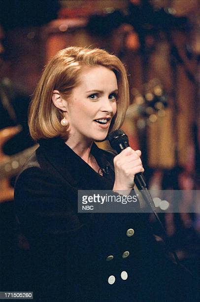 Musical guest Sheena Easton performs on March 20 1995