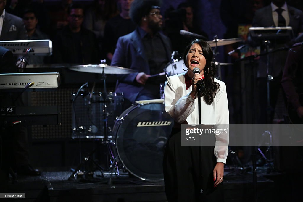 Musical guest <a gi-track='captionPersonalityLinkClicked' href=/galleries/search?phrase=Jessie+Ware&family=editorial&specificpeople=8930844 ng-click='$event.stopPropagation()'>Jessie Ware</a> on January 16, 2012 --