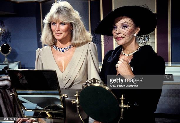 DYNASTY 'Episode' 7/9/82 Linda Evans Joan Collins
