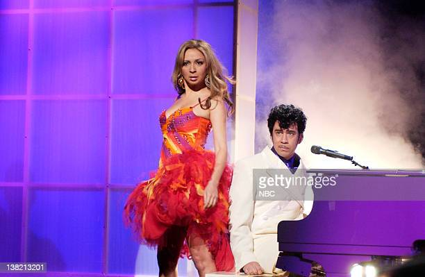 LIVE Episode 8 Aired Pictured Maya Rudolph as Beyonce Knowles Fred Armisen as Prince during 'Prince Christmas Special' skit