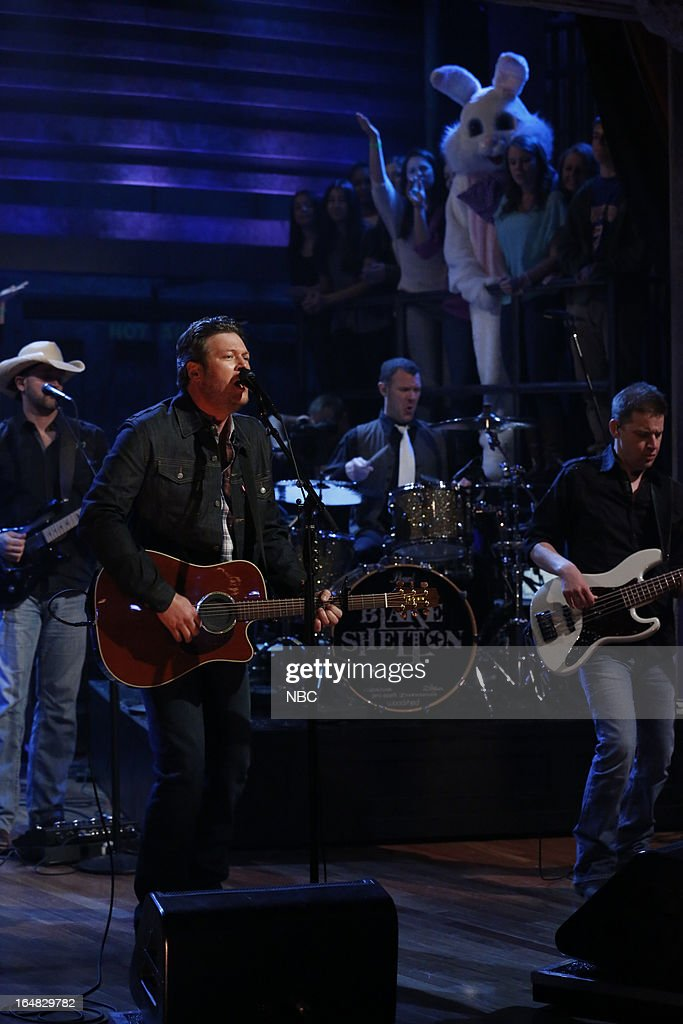 Musical guest <a gi-track='captionPersonalityLinkClicked' href=/galleries/search?phrase=Blake+Shelton&family=editorial&specificpeople=2352026 ng-click='$event.stopPropagation()'>Blake Shelton</a> performs on March 28, 2013 --