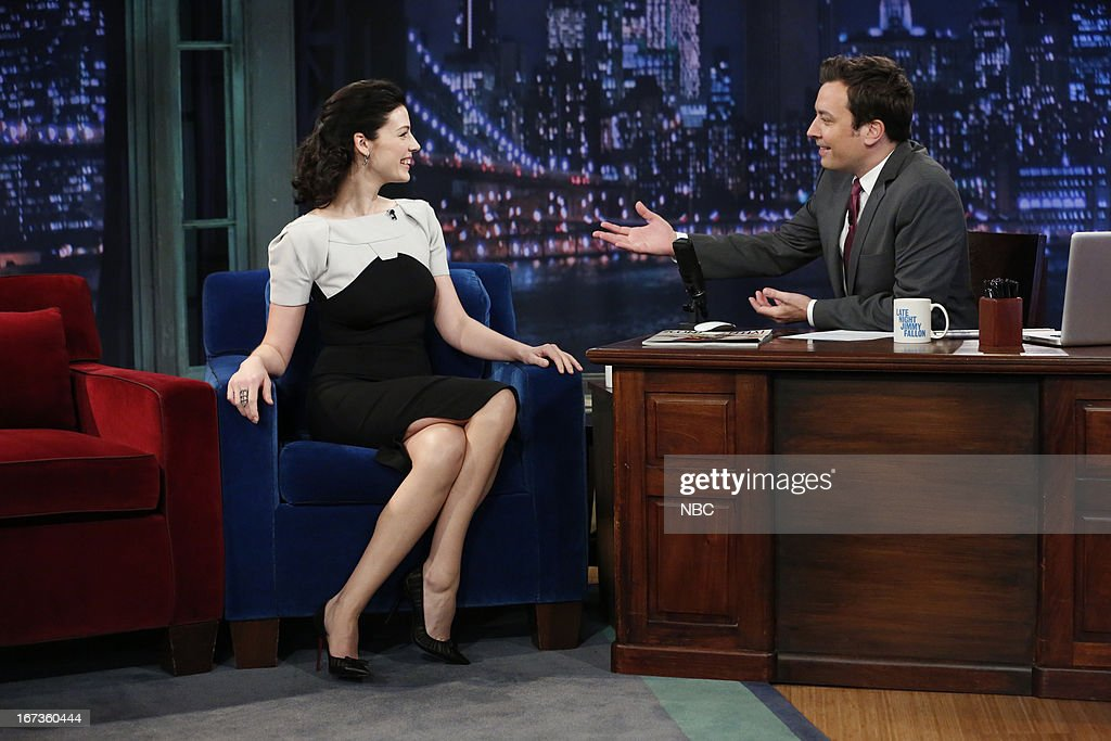 Jessica Par? with host Jimmy Fallon during an interview on April 24, 2013 --