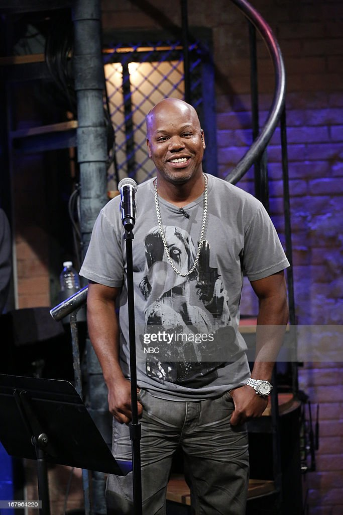 <a gi-track='captionPersonalityLinkClicked' href=/galleries/search?phrase=Too+Short&family=editorial&specificpeople=715879 ng-click='$event.stopPropagation()'>Too Short</a> sits in with the Roots on May 2, 2013 --