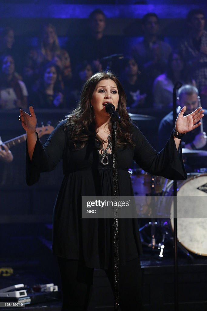 Hillary Scott of musical guest Lady Antebellum performs on May 9, 2013 --