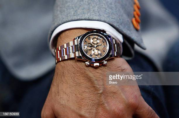 Russell Peters wearing a Rolex Cosmograph Daytona watch