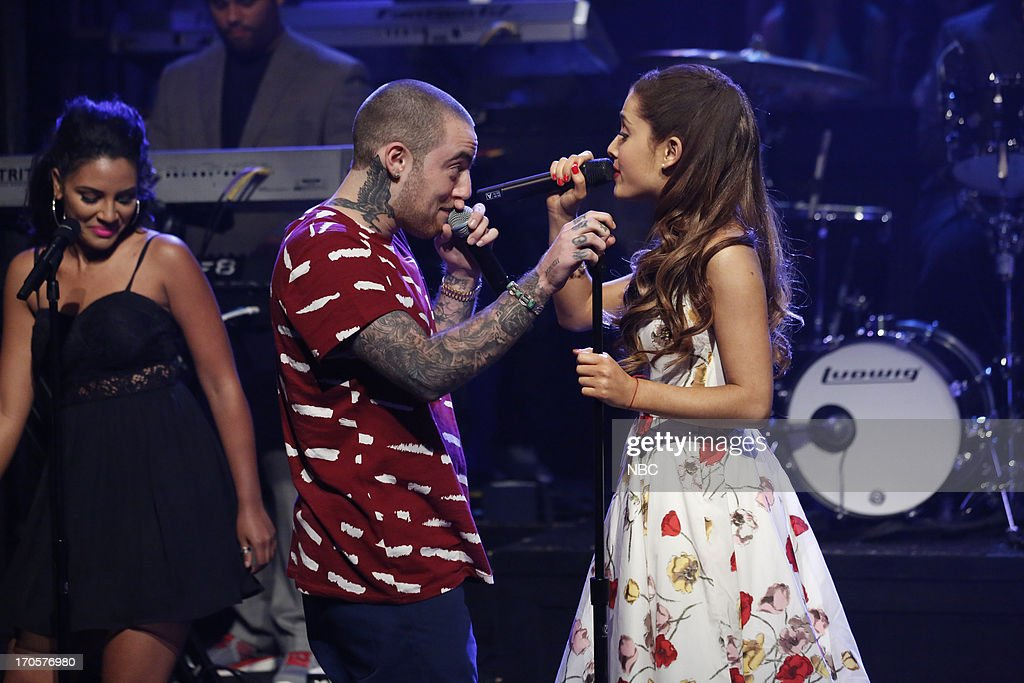 Musical guest <a gi-track='captionPersonalityLinkClicked' href=/galleries/search?phrase=Ariana+Grande&family=editorial&specificpeople=5586219 ng-click='$event.stopPropagation()'>Ariana Grande</a> featuring <a gi-track='captionPersonalityLinkClicked' href=/galleries/search?phrase=Mac+Miller&family=editorial&specificpeople=8662273 ng-click='$event.stopPropagation()'>Mac Miller</a> performs on June 14, 2013 --