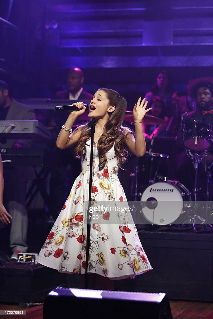 Musical guest <a gi-track='captionPersonalityLinkClicked' href=/galleries/search?phrase=Ariana+Grande&family=editorial&specificpeople=5586219 ng-click='$event.stopPropagation()'>Ariana Grande</a> performs on June 14, 2013 --