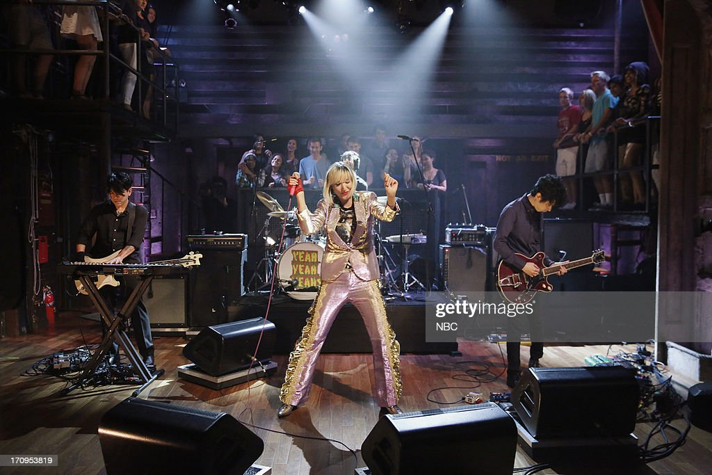 Musical guest <a gi-track='captionPersonalityLinkClicked' href=/galleries/search?phrase=Karen+O&family=editorial&specificpeople=213098 ng-click='$event.stopPropagation()'>Karen O</a> of Yeah Yeah Yeahs performs on June 20, 2013 --