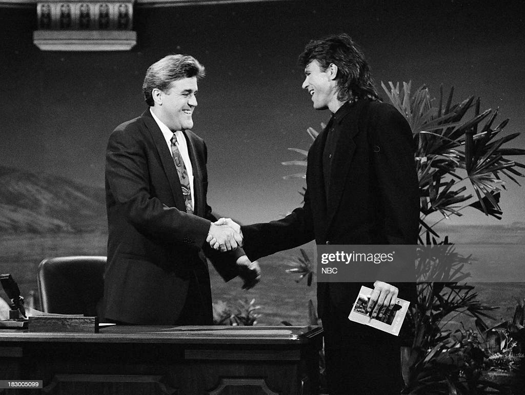 Host Jay Leno greets actor <a gi-track='captionPersonalityLinkClicked' href=/galleries/search?phrase=Richard+Dean+Anderson+-+Actor&family=editorial&specificpeople=5221192 ng-click='$event.stopPropagation()'>Richard Dean Anderson</a> on October 13, 1992 --