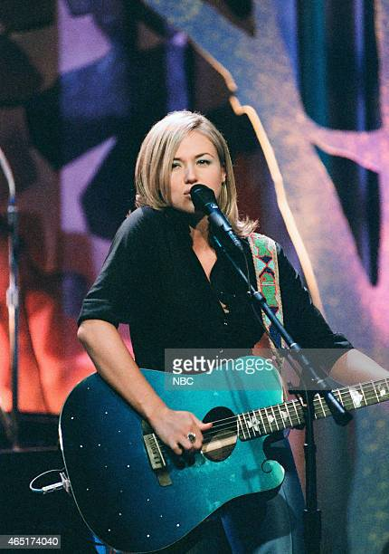 Musical guest Jewel performs on June 4 1996