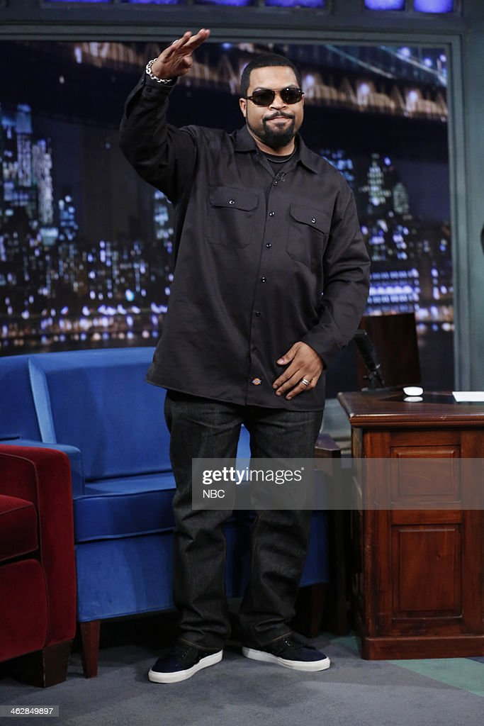 <a gi-track='captionPersonalityLinkClicked' href=/galleries/search?phrase=Ice+Cube+-+Entertainer&family=editorial&specificpeople=202098 ng-click='$event.stopPropagation()'>Ice Cube</a> arrives on Wednesday, January 15, 2014--