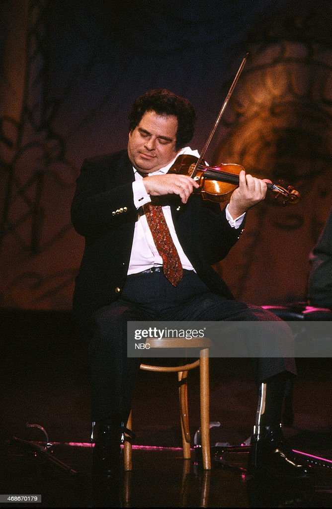 Violinist Itzhak Perlman performs on January 8 1993