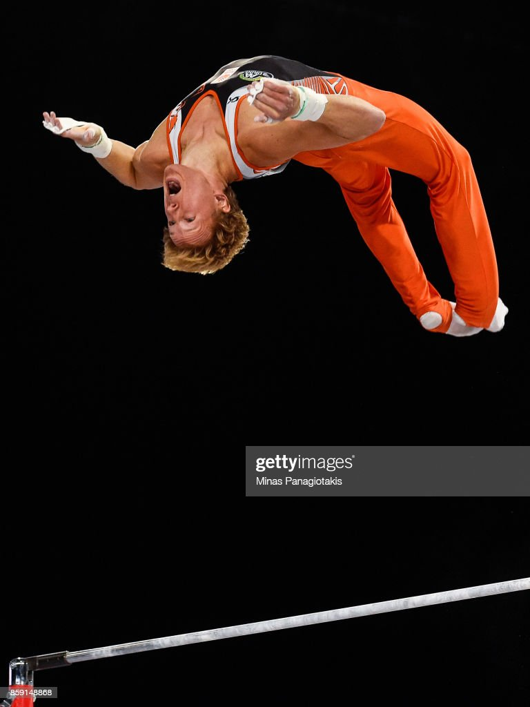 Epke Zonderland of Netherlands competes on the horizontal bar during the individual apparatus finals of the Artistic Gymnastics World Championships on October 8, 2017 at Olympic Stadium in Montreal, Canada.