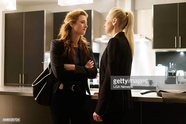 MR ROBOT 'eps27_init_5fve' Episode 209 Pictured Grace Gummer as Dominique 'Dom' DiPierro Portia Doubleday as Angela Moss