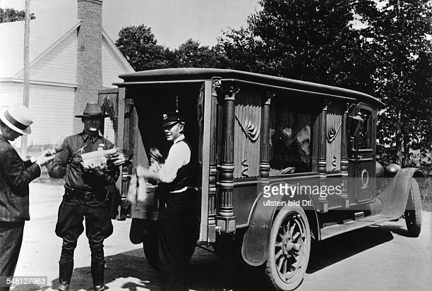 Era of Prohibition Smuggling of alcohol hearse in which liquer was transported summer 1929 Vintage property of ullstein bild