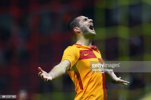 Eren Derdiyok of Galatasaray celebrates during the Turkish Cup match between Galatasaray v Sivas Belediyespor at the Türk Telekom Stadyumu on...