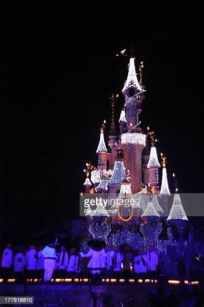 Eröffnung der Weihnachtssaison 2008 'Cinderella'Schloß 'Disneyland Resort Paris' Paris Frankreich Europa 'Disneyland Park' Weihnachten WeihnachtsZeit...