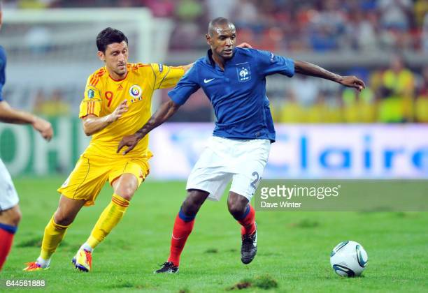 Eric ABIDAL / Ciprian MARICA Roumanie / France Eliminatoire Euro 2012 Groupe D Photo Dave Winter / Icon Sport
