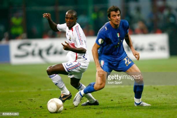 Eric ABIDAL / Massimo ODDO Italie / France Eliminatoires Euro 2008 San Siro Milan