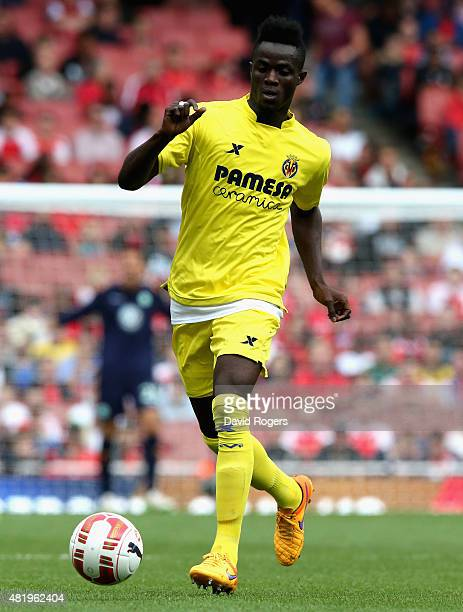 Eric Bailly of Villarreal runs with the ball during the Emirates Cup match between VfL Wolfsburg and Villareal at the Emirates Stadium on July 25...