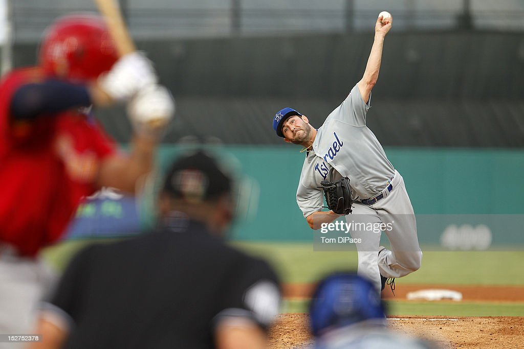 Eric Berger #14 of Team Israel pitches against Team Spain during game 6 of the Qualifying Round of the World Baseball Classic at Roger Dean Stadium on September 23, 2012 in Jupiter, Florida.