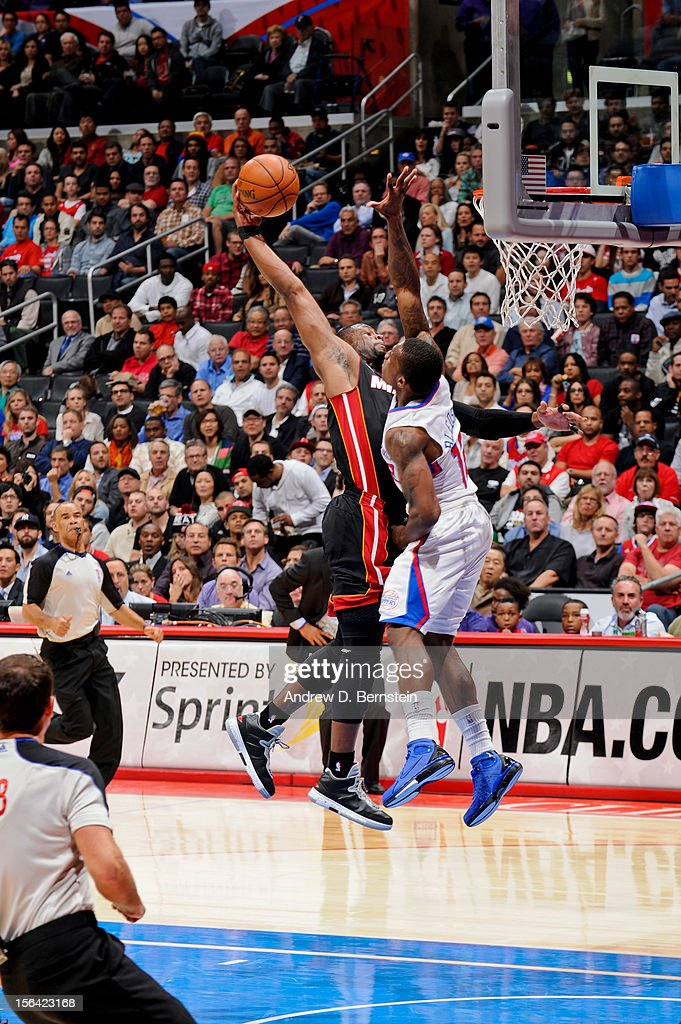 <a gi-track='captionPersonalityLinkClicked' href=/galleries/search?phrase=Eric+Bledsoe&family=editorial&specificpeople=6480906 ng-click='$event.stopPropagation()'>Eric Bledsoe</a> #12 of the Los Angeles Clippers blocks a dunk attempt by <a gi-track='captionPersonalityLinkClicked' href=/galleries/search?phrase=Dwyane+Wade&family=editorial&specificpeople=201481 ng-click='$event.stopPropagation()'>Dwyane Wade</a> #3 of the Miami Heat at the Staples Center on November 14, 2012 in Los Angeles, California.