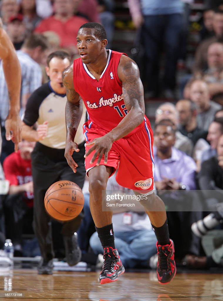 <a gi-track='captionPersonalityLinkClicked' href=/galleries/search?phrase=Eric+Bledsoe&family=editorial&specificpeople=6480906 ng-click='$event.stopPropagation()'>Eric Bledsoe</a> #12 of the Los Angeles Clippers brings the ball up court against the Portland Trail Blazers on January 26, 2013 at the Rose Garden Arena in Portland, Oregon.