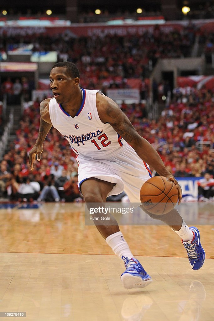 <a gi-track='captionPersonalityLinkClicked' href=/galleries/search?phrase=Eric+Bledsoe&family=editorial&specificpeople=6480906 ng-click='$event.stopPropagation()'>Eric Bledsoe</a> #12 of the Los Angeles Clippers drives to the basket against the Memphis Grizzlies at Staples Center in Game One of the Western Conference Quarterfinals during the 2013 NBA Playoffs on April 20, 2013 in Los Angeles, California.