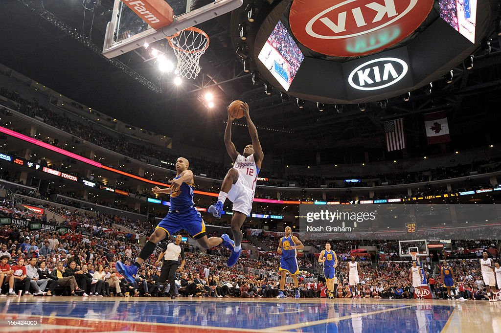 Eric Bledsoe #12 of the Los Angeles Clippers goes to the basket during the game between the Los Angeles Clippers and the Golden State Warriors at Staples Center on November 3, 2012 in Los Angeles, California.
