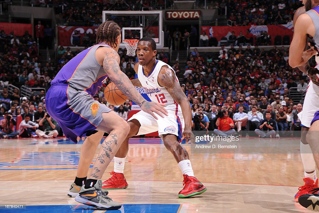 Eric Bledsoe #12 of the Los Angeles Clippers looks to pass the ball against the Phoenix Suns at Staples Center on April 3, 2013 in Los Angeles, California.