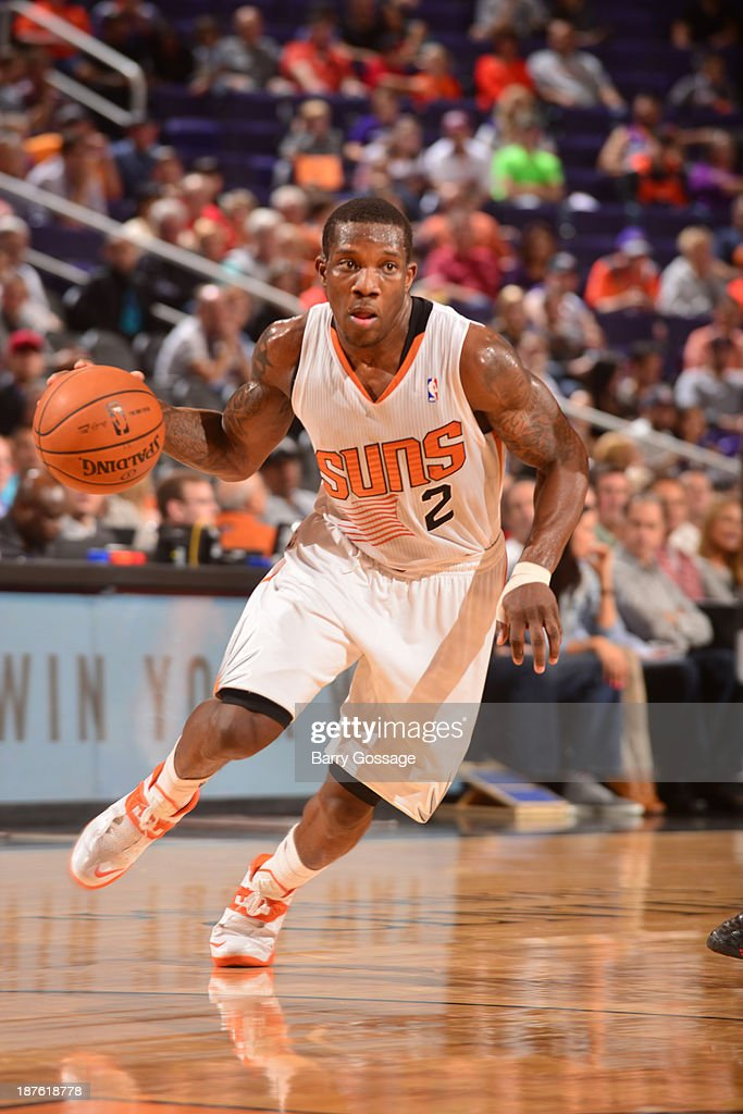 <a gi-track='captionPersonalityLinkClicked' href=/galleries/search?phrase=Eric+Bledsoe&family=editorial&specificpeople=6480906 ng-click='$event.stopPropagation()'>Eric Bledsoe</a> #2 of the Phoenix Suns drives against the New Orleans Pelicans on November 10, 2013 at U.S. Airways Center in Phoenix, Arizona.