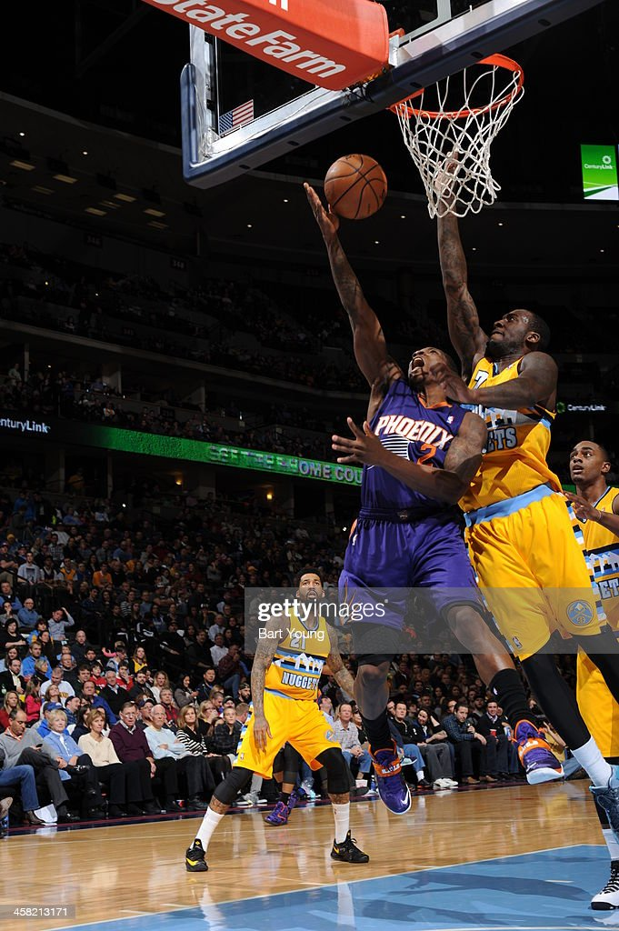 <a gi-track='captionPersonalityLinkClicked' href=/galleries/search?phrase=Eric+Bledsoe&family=editorial&specificpeople=6480906 ng-click='$event.stopPropagation()'>Eric Bledsoe</a> #2 of the Phoenix Suns drives to the basket against the Denver Nuggets on December 20, 2013 at the Pepsi Center in Denver, Colorado.