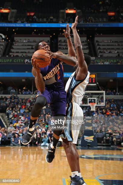 Eric Bledsoe of the Phoenix Suns drives to the basket against the Memphis Grizzlies on February 8 2017 at FedExForum in Memphis Tennessee NOTE TO...