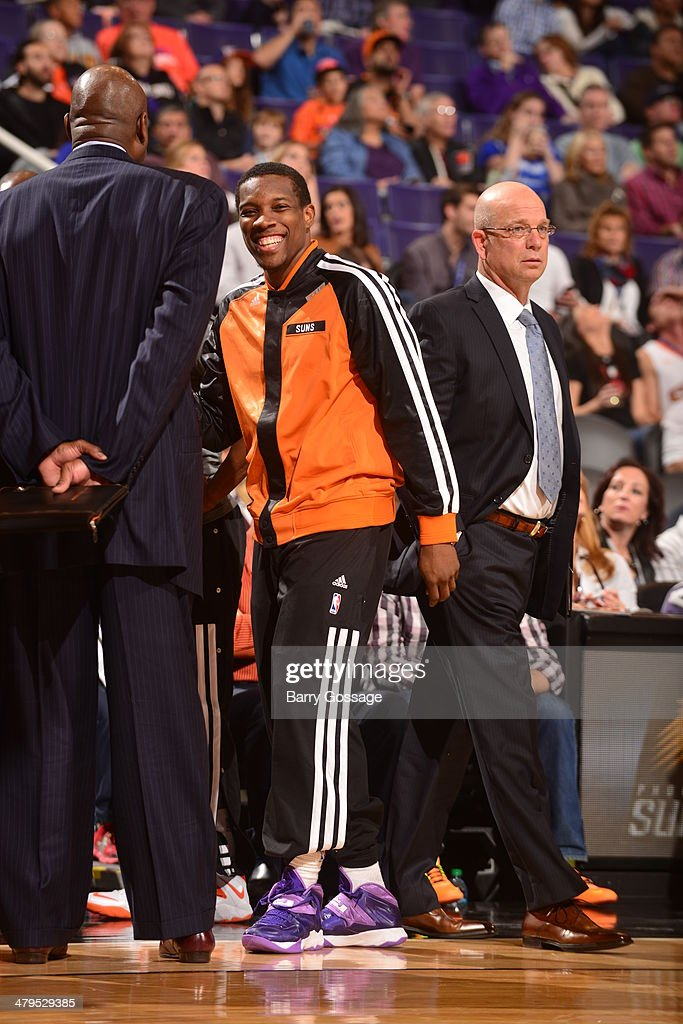 <a gi-track='captionPersonalityLinkClicked' href=/galleries/search?phrase=Eric+Bledsoe&family=editorial&specificpeople=6480906 ng-click='$event.stopPropagation()'>Eric Bledsoe</a> #2 of the Phoenix Suns on the sideline during the game against the Portland Trail Blazers on November 27, 2013 at U.S. Airways Center in Phoenix, Arizona.