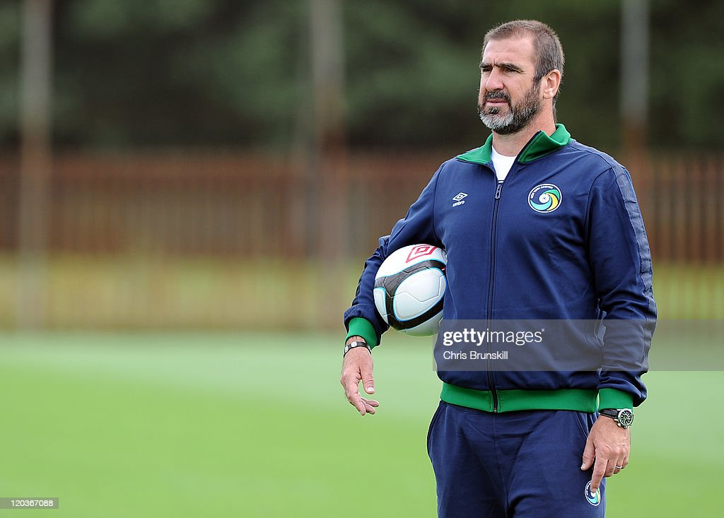 <a gi-track='captionPersonalityLinkClicked' href=/galleries/search?phrase=Eric+Cantona&family=editorial&specificpeople=211325 ng-click='$event.stopPropagation()'>Eric Cantona</a> of New York Cosmos looks on during a training session at Platt Lane on August 5, 2011 in Manchester, England.