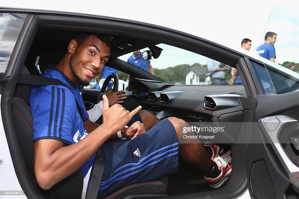 photo of Eric Choupo-Moting Audi - car