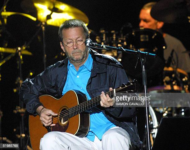 Eric Clapton performs in Mexico City 19 October 2001 as part of a world tour which is to be the last one of his musical career